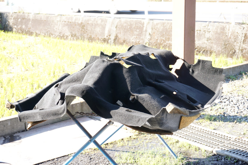 FD3S RX-7のフロアマット洗浄